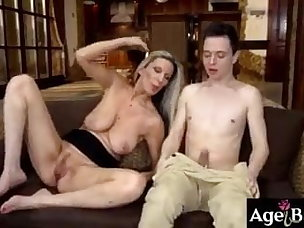 Best Stepmom Porn Videos
